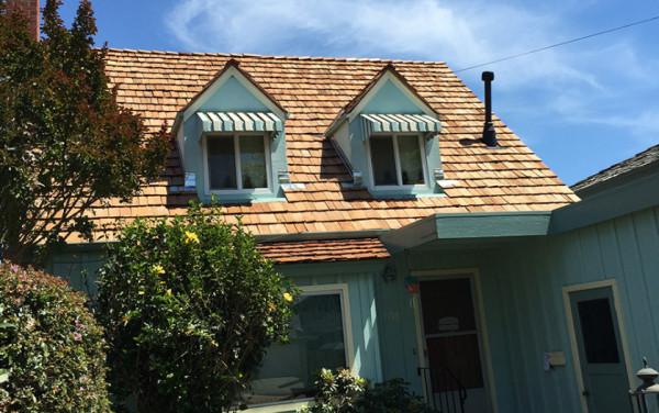 Alameda Handsplit Red Cedar Shake Roof